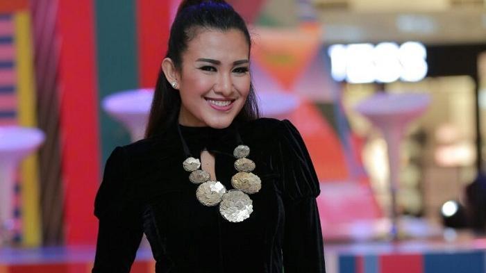 Kata Liza Natalia Rencana Pernikahan Aurel dan Atta Halilintar Belum Dibahas Keluarga Besar