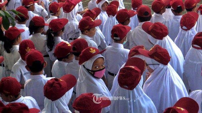Pimpinan DPR Sarankan Pembukaan Sekolah di Zona Hijau Ditunda