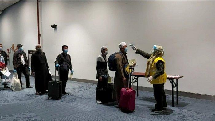 Tiba di Tanah Air, 55 Jemaah Umrah Diminta Lakukan Isolasi Mandiri Selama 14 Hari