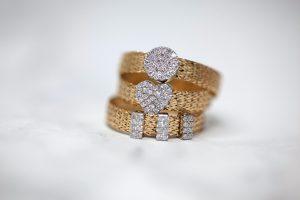 Perhiasan Emas 23 Karat
